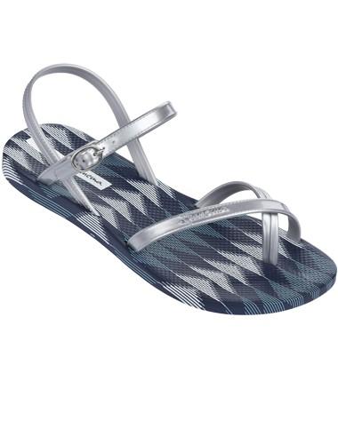 Ipanema fashion sandal kidsdeze zomer straal je op je nieuwe sandalen! deze mooie blauw met zilveren sandalen ...