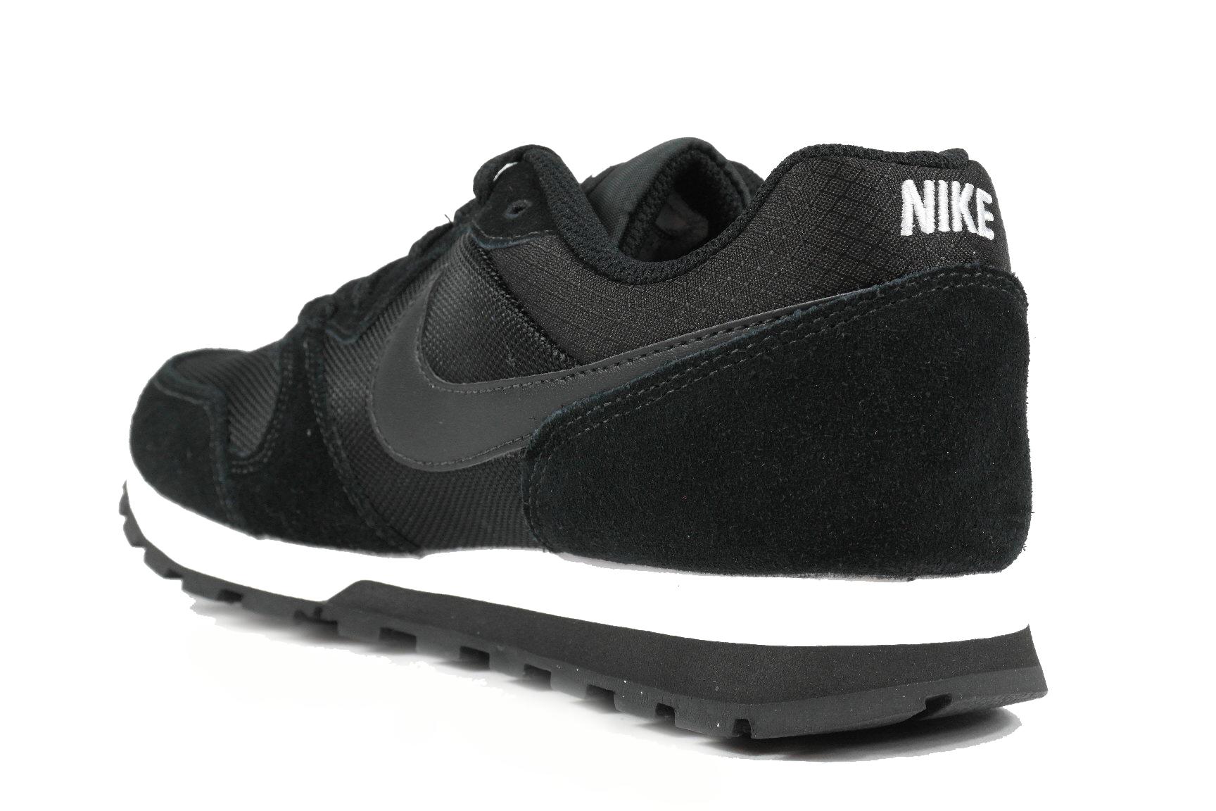 05cb70b9a8b ... Nike MD Runner dames sneakers zwart ...