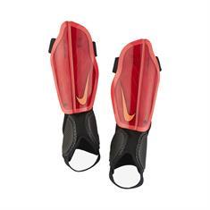 Nike Protegga Flex Kids scheenbeschermers rood
