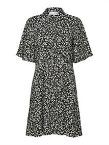 Selected SLFUMA 2/4 SHORT AOP SHIRT DRESS M dames jurk casual zwart